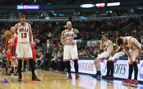 The Bulls players wait for play to resume after a timeout in Game 2.