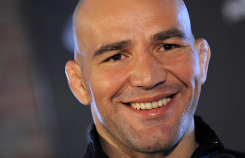 Glover Teixeira smiles for the camera.