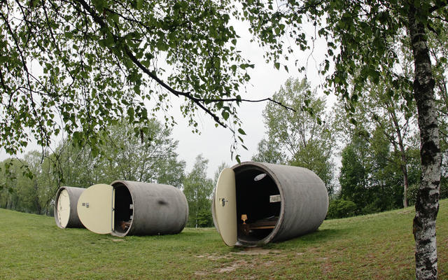 """Dasparkhotel"" hotel rooms are pictured in a public park in the Upper Austrian town of Ottensheim April 29, 2014."