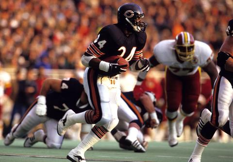 2. Jan. 3, 1987: Redskins 27, Bears 13. Bears fans craved more than the Super Bowl XX championship from a team that boasted one of the most dominant defenses in NFL history and the league's all-time leading rusher at the time, Walter Payton. After finishing 14-2 during the 1986 regular season, the Bears appeared to be on another Super Bowl mission, but the Redskins bounced them in the divisional round at Soldier Field. The Bears trailed 14-13 entering the fourth quarter, when Payton fumbled and the Redskins responded with an 83-yard touchdown drive. Washington added a pair of field goals to douse Chicago's dreams of back-to-back titles.