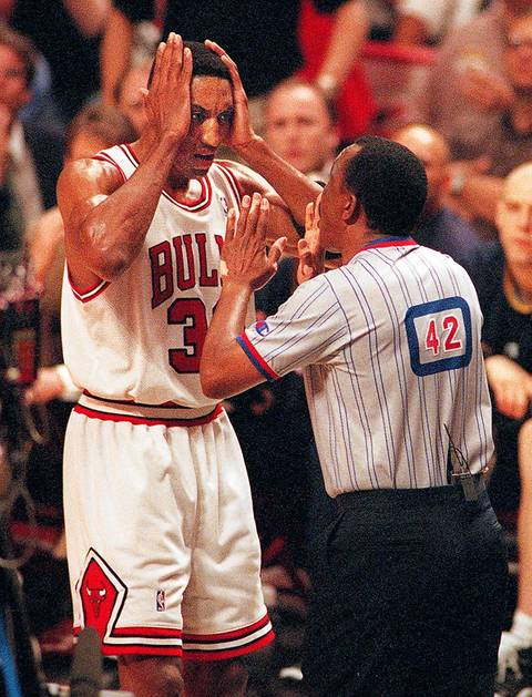 9. May 18, 1994: Knicks 87, Bulls 86. The infamous Hue Hollins game. Hubert Davis sank two free throws with 2.1 seconds left after Hollins whistled Scottie Pippen for a questionable foul. The Game 5 victory helped the Knicks keep home-court advantage in a second-round series they eventually won in seven games, ending the Bulls' first championship run at three titles after an impressive season following Michael Jordan's first retirement.