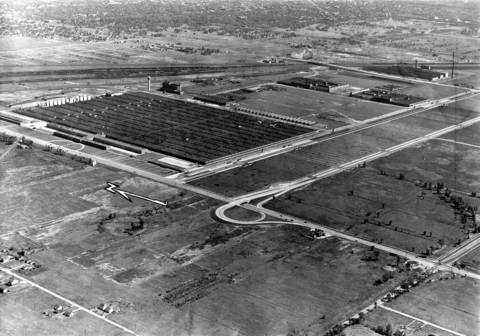 Air view of the biggest industrial plant in the world, the Dodge Chicago Plant at 75th and Pulaski Road on Sept. 9, 1945. By 1950, the Ford Motor company would be making 28 cylinder Pratt and Whitney Wasp Major engines for use in Air Force planes.