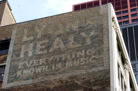 """""""Lyon & Healy Everything Known in Music"""" located on the north wall of 243 S. Wabash Avenue in 2004."""