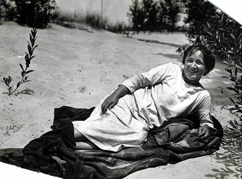 Alice Gray was a recluse who lived amid the sand wastes between Gary and Michigan city. She was called a 'nymph' by fisherman who spied her skinny-dipping in Lake Michigan. Undated photo.