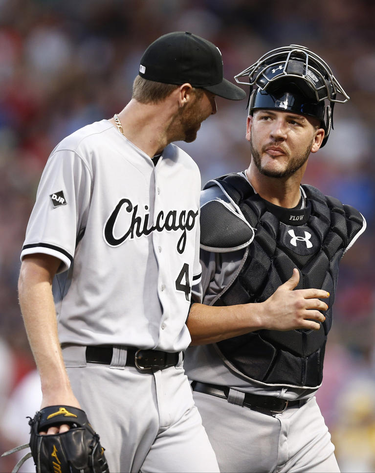 Photos red sox 5 white sox 4 chicago tribune white sox catcher tyler flowers speaks to starting pitcher chris sale after the third inning mightylinksfo