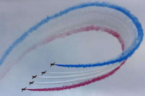 The Royal Air Force aerobatic team, the Red Arrows, perform during The Royal International Air Tattoo at the RAF in Fairford July 11, 2014.