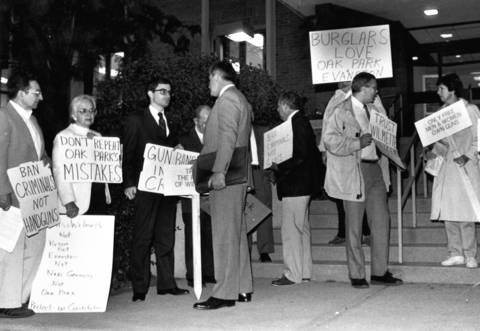 Sept. 6, 1988: Wilmette residents opposed to a handgun ban protest outside Wilmette Village Hall.