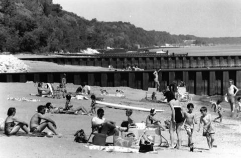 1988: This 1988 photo shows Highland Park's Rosewood Beach.