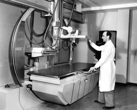 Jan. 28, 1955: Hinsdale X-ray chief Ben Molenda shows of a new X-ray and fluoroscope machine on Jan. 28, 1955. The device cost $17,000.