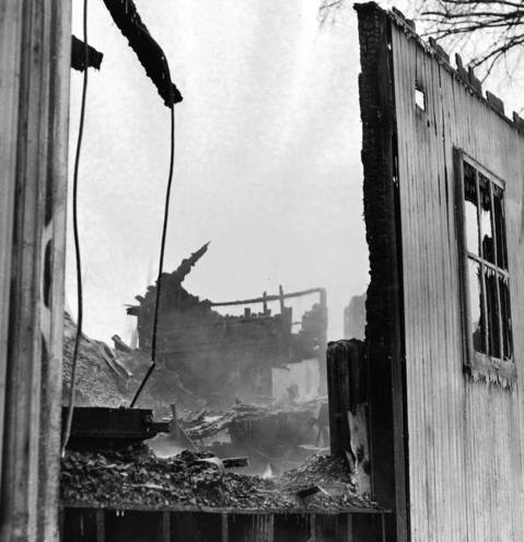 Jan. 31, 1951: The ruins of the Green Oaks Tavern in Niles after it was destroyed by fire the previous day.