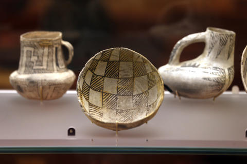 Pottery from Chaco Canyon in New Mexico (950-1100 AD) at the Field Museum's Ancient America permanent exhibit.