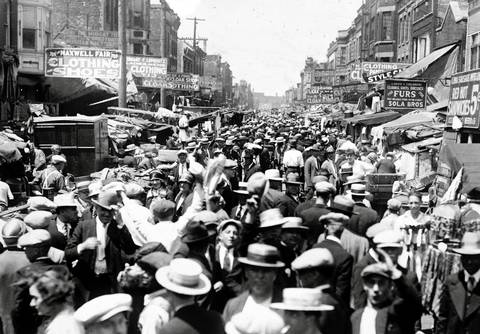 An undated photo of the Maxwell Street market.