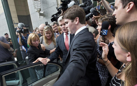 Staff Photo Of The Week: Aug 30-Sept 5, 2014 Former Gov. Bob McDonnell is swarmed by media as he leaves the federal courthouse after being found guilty on multiple counts on Thursday afternoon in Richmond.
