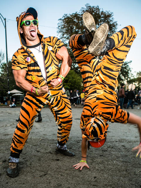 Kenny Eichorst 24,and Lizzy Smith, 27 of The Loop at Riot Fest. (Hilary Higgins for RedEye)