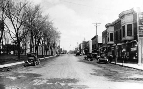 1923: This photo looks north from Milwaukee Avenue and Church Street. Original photo courtesy of the Libertyville-Mundelein Historical Society.