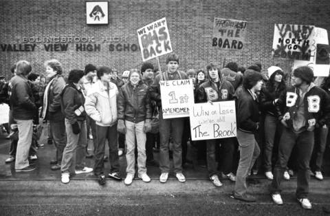 Feb. 16, 1983: Students gather outside Valley View High School, formerly Bolingbrook High School, to protest the name change.