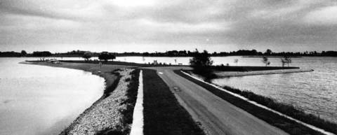 Sept. 2, 1977: The peninsula area of The Coves, a lake in South Barrington.