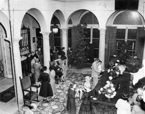Sept. 13, 1957: The entrance hall of Chicago printing executive John F. Cuneo's mansion during a luncheon.
