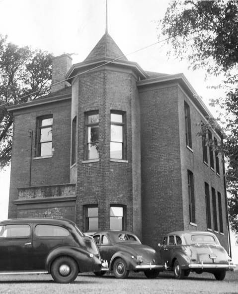 June 15, 1941: The Fairview School in Skokie closed recently after serving the community for 44 years. The school could no longer handle the area's growing population.