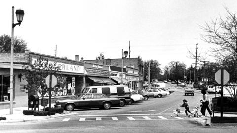May 23, 1984: The Clarendon Hills Business District along Prospect Street.