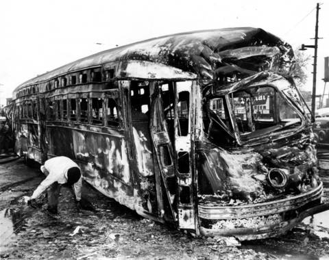 On May 25, 1950, Chicago experienced one of its worst traffic accidents when a streetcar collided with a gas tanker truck. Thirty-four people died.