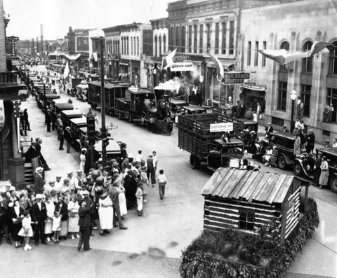 June 18, 1935: About 25,000 people watch the Elgin centennial parade.