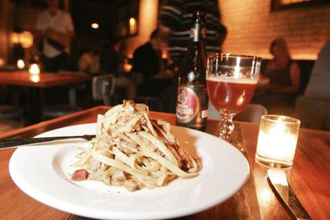 The Bluebird Bistro and Wine Bar 1749 N. Damen Ave.