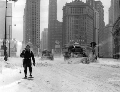 Tom Hall, of the Chicago Tribune, makes his way to work on North Michigan Avenue using snowshoes on Jan. 27, 1967.