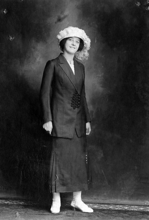 Rose Reidl was a victim of the Eastland disaster in Chicago in 1915.