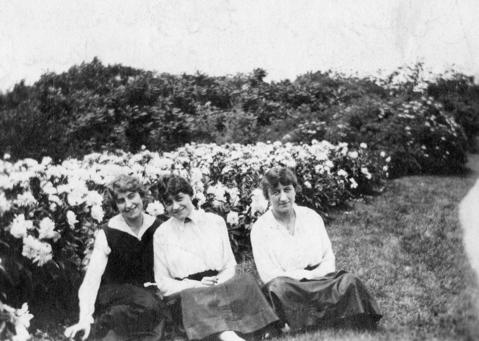 Frances Smith, from left, Sophia Smith and Vera Smith were all aboard the Eastland when it sank. Frances and Vera survived but Sophia did not.
