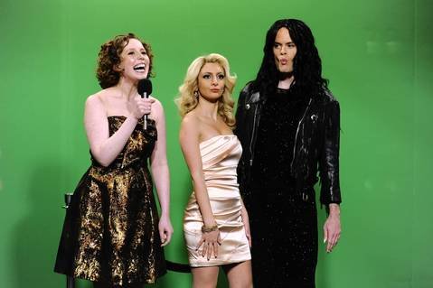 """Vanessa Bayer, left, has roots in Chicago including performances at Second City, Annoyance Theatre and ImprovOlympic. She was part of the all-Jewish cast of the musical """"Jewsical: The Musical,"""" produced by Second City. Bayer began performing on """"SNL"""" in 2010."""