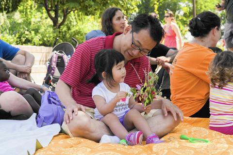 Little Lurie Gardeners: Singing Explorers What better way to celebrate the change of seasons with your little ones than by making music amid the colorful blooms of spring? Singing, dancing and smelling the Millennium Park flowers are all part of this free program, which runs weekly on Mondays (except Memorial Day). 10-10:45 a.m. May 4, 11, 18 and June 1, 8, 15 at Lurie Garden in Millennium Park (southeast corner), near Columbus Drive and Monroe Street. Free, but advance registration required at eventbrite.com.