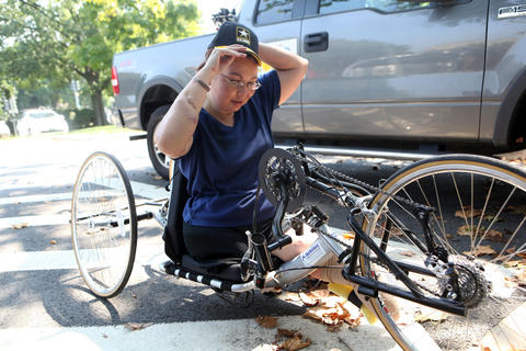 "Duckworth went 13 miles in her hand-cranked chair on Aug. 23, 2009. She still fought ""phantom limb pain"" and couldn't use her right hand as well as she would have liked."
