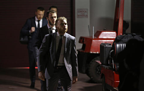 Jonathan Toews and Patrick Kane arrive before Game 4 of the Stanley Cup Final at the United Center.