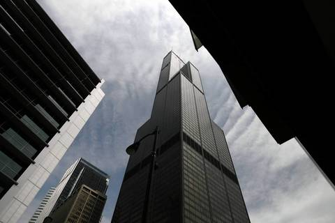 In 2007, the Sears Tower was still searching for tenants to fill vacant space.