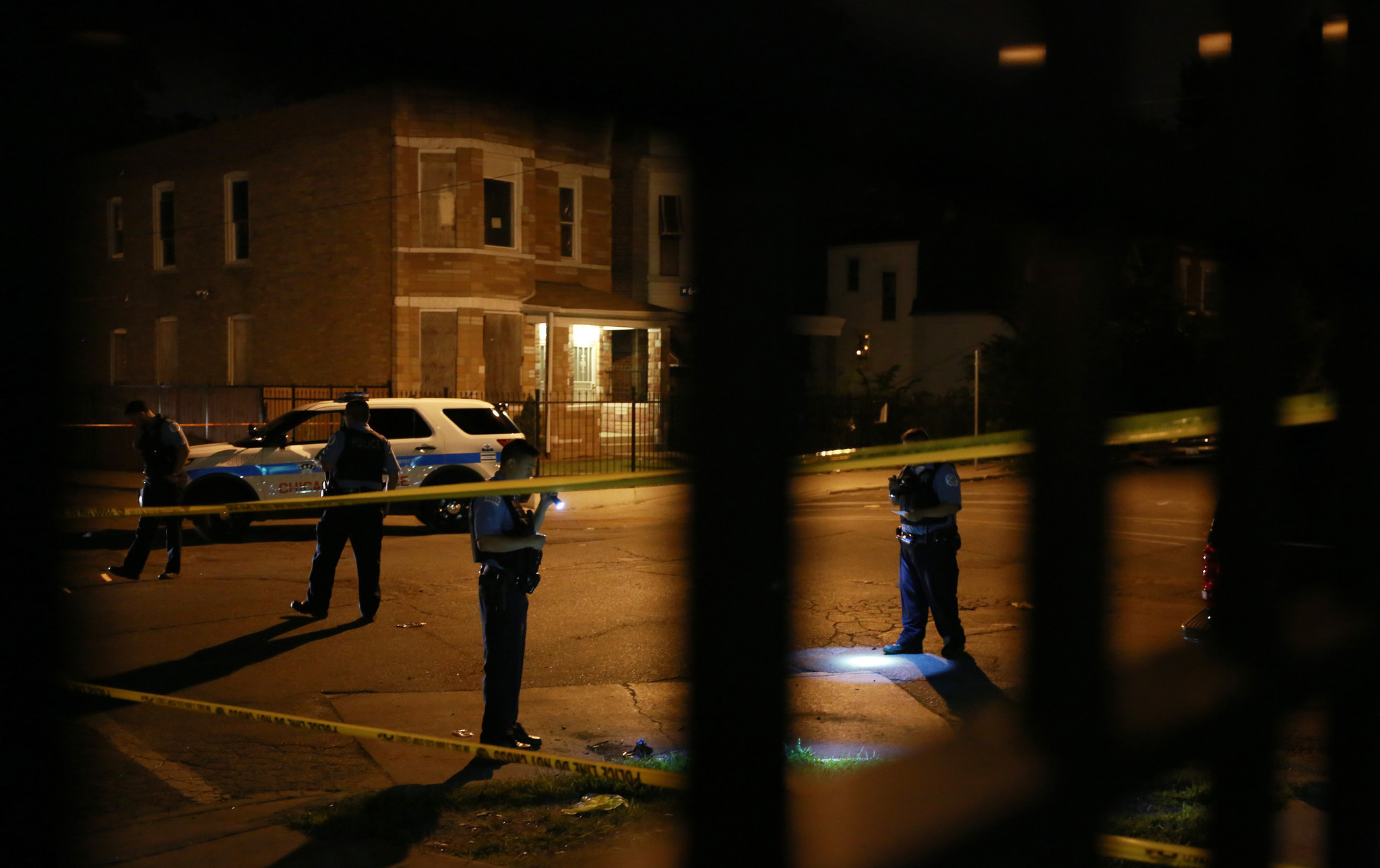essay on violence in chicago Violence in chicago is mostly concentrated in poor neighborhoods that are predominantly african american and with many uneducated people.