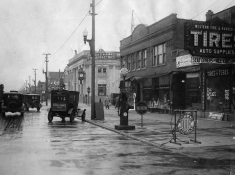 A shot of the hustle and bustle on 22nd Street in Cicero in 1928.