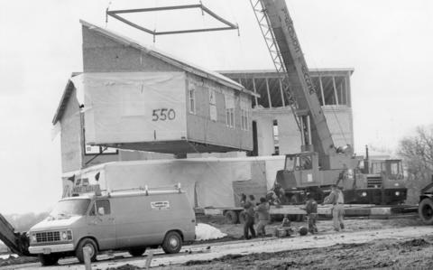 April 1990: At Pine-Hill Lakes, a Contempri Homes crew from Pinckneyville puts together a modular home.