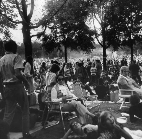 """1971: Some of the thousands who attended the """"Jesus Christ Superstar"""" performance."""