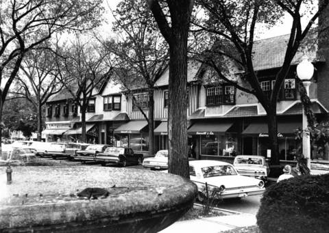 Oct., 1964: Market Square in Lake Forest.