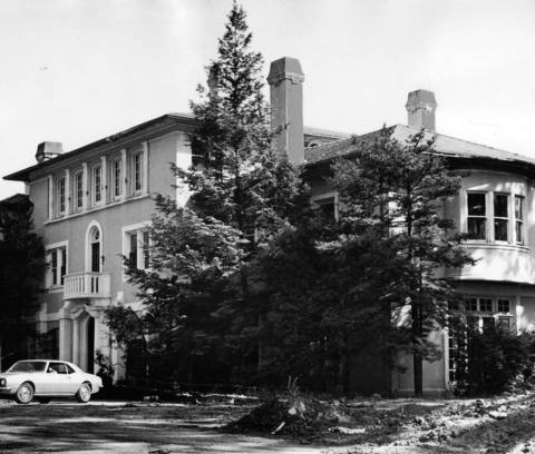 June, 1969: An Italian villa at 1529 Green Bay Road is prepped for demolition. The original captions states that the mansion, priced at $3 million when built in 1910, was going to be torn down because it was too expensive for anyone to buy. While the original caption places it in Lake Forest, today's maps show the Green Bay Road address in Lake Bluff.
