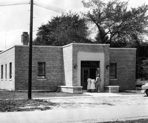 Aug., 1952: The new wing at Condell Memorial Hospital.
