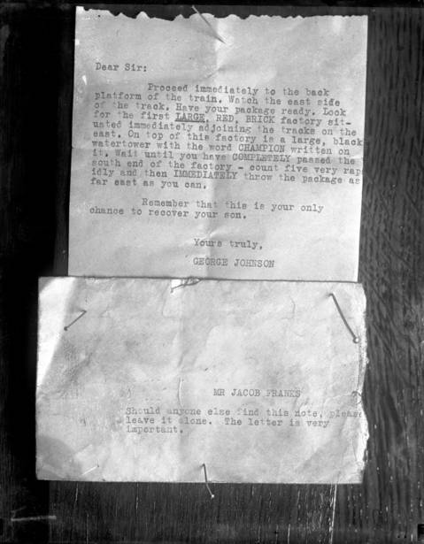 A ransom note instructs the parents of Robert Franks to leave money at a specific location. Franks was already dead at the time the note was sent. It was established that this note and another ransom note were written on an Underwood typewriter belonging to Leopold, which he threw into the Jackson Park lagoon.