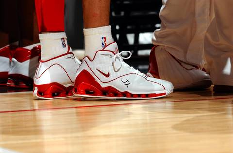 Tyson Chandler wrote the initials of former Bulls General Manager Jerry Krause on his shoe, in honor of his retirement in 2003.