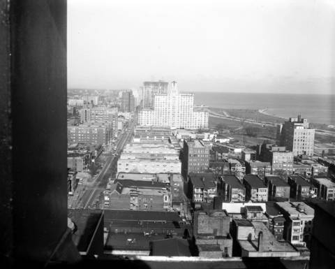 View of the Edgewater Beach Hotel (building in center), in1934.