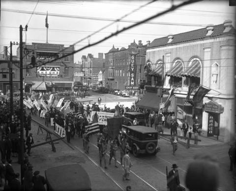 Chinese-Americans celebrate the 17th anniversary of the founding of the Republic of China with a parade on Wentworth Avenue in Chinatown in 1928. Guey Sam's Chinese Restaurant is on the right at 2205 Wentworth Ave.