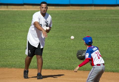 Jose Abreu during a baseball clinic to children in Havana, Cuba, on Dec. 16, 2015. Abreu is among those who ran 10- and 11-year-old Cuban players through a skills camp as part of a three-day mission meant to warm relations between Major League Baseball and Cuba.