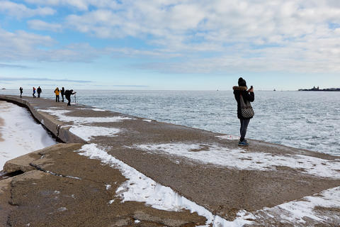 beautiful ice formations brought lots of us out to the lakefront with our cameras