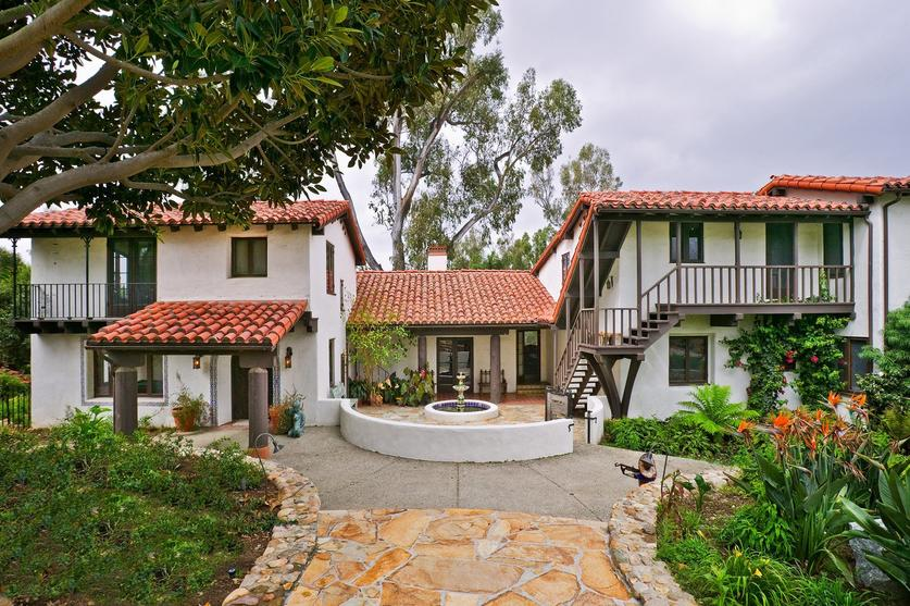 Architect s rancho santa fe the san diego union tribune for Mexican ranch style homes