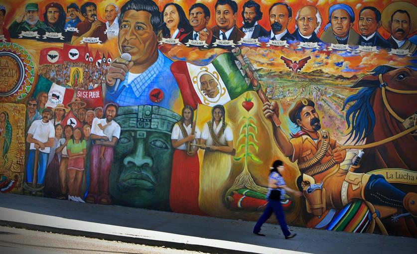 Orale it 39 s chicano park day the san diego union tribune for Chicano mural art